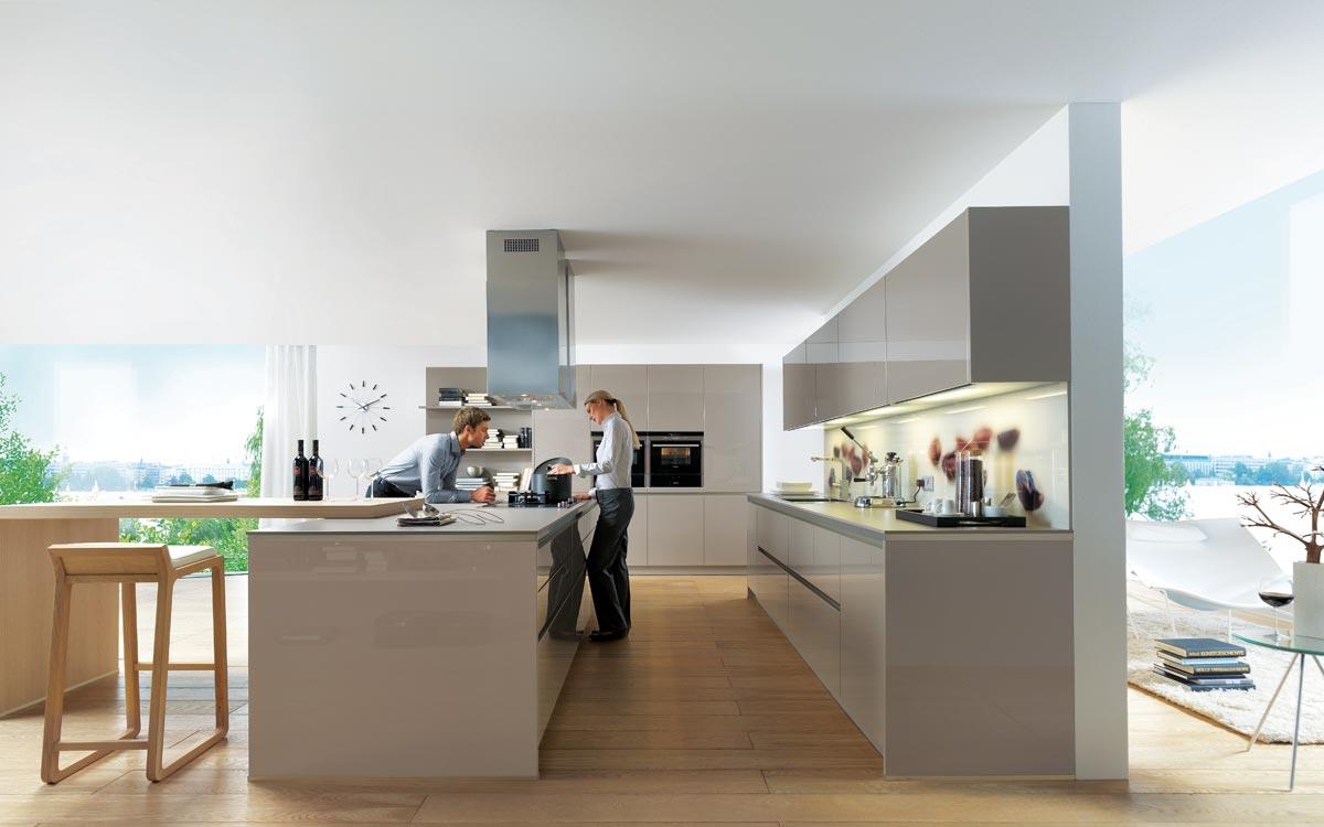 Küche-Hängeschränke mit Glasfronten