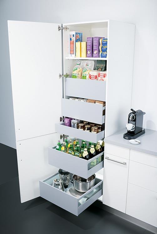 Küchen-Hochschrank mit Inside-Schubladen