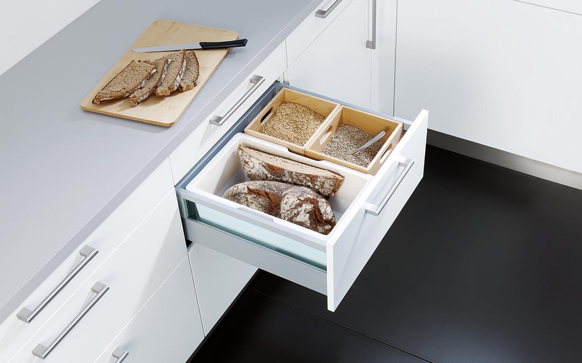 Küchen-Unterschrank-Schublade mit Multibox-Set aus Kunststoff und Holz
